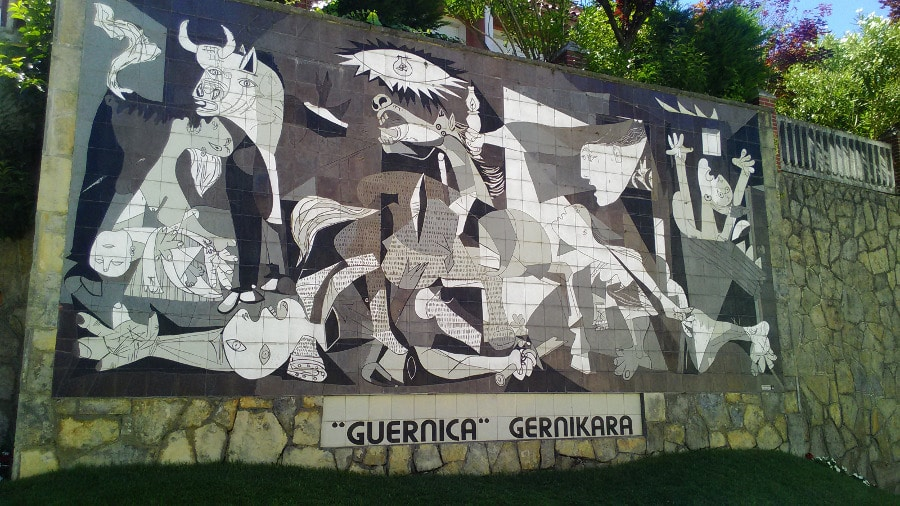 Camino: Picasso's Guernica painting