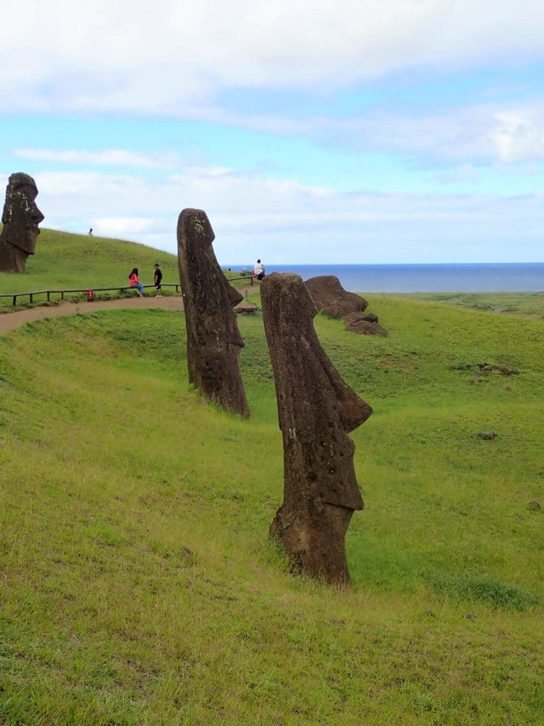 Moai non finiti