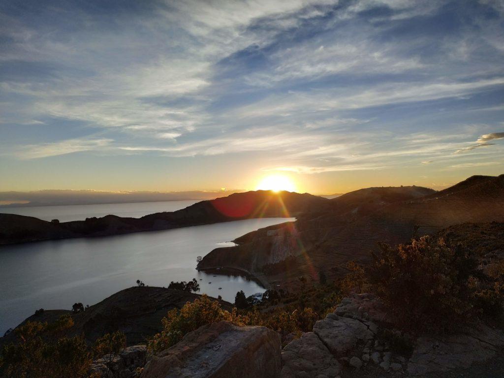 Isla del sol tramonto titicaca