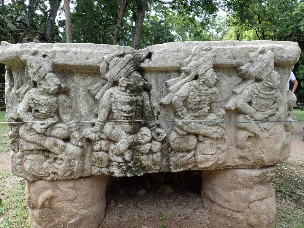 4 kings carving